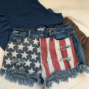 Mossimo American flag cutoff denim shorts EUC